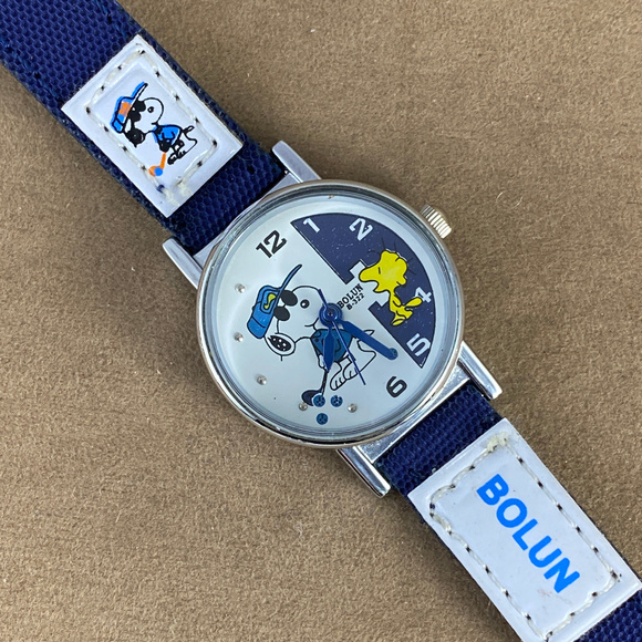 Vintage Other - Snoopy and Woodstock Golfing Watch Navy Strap